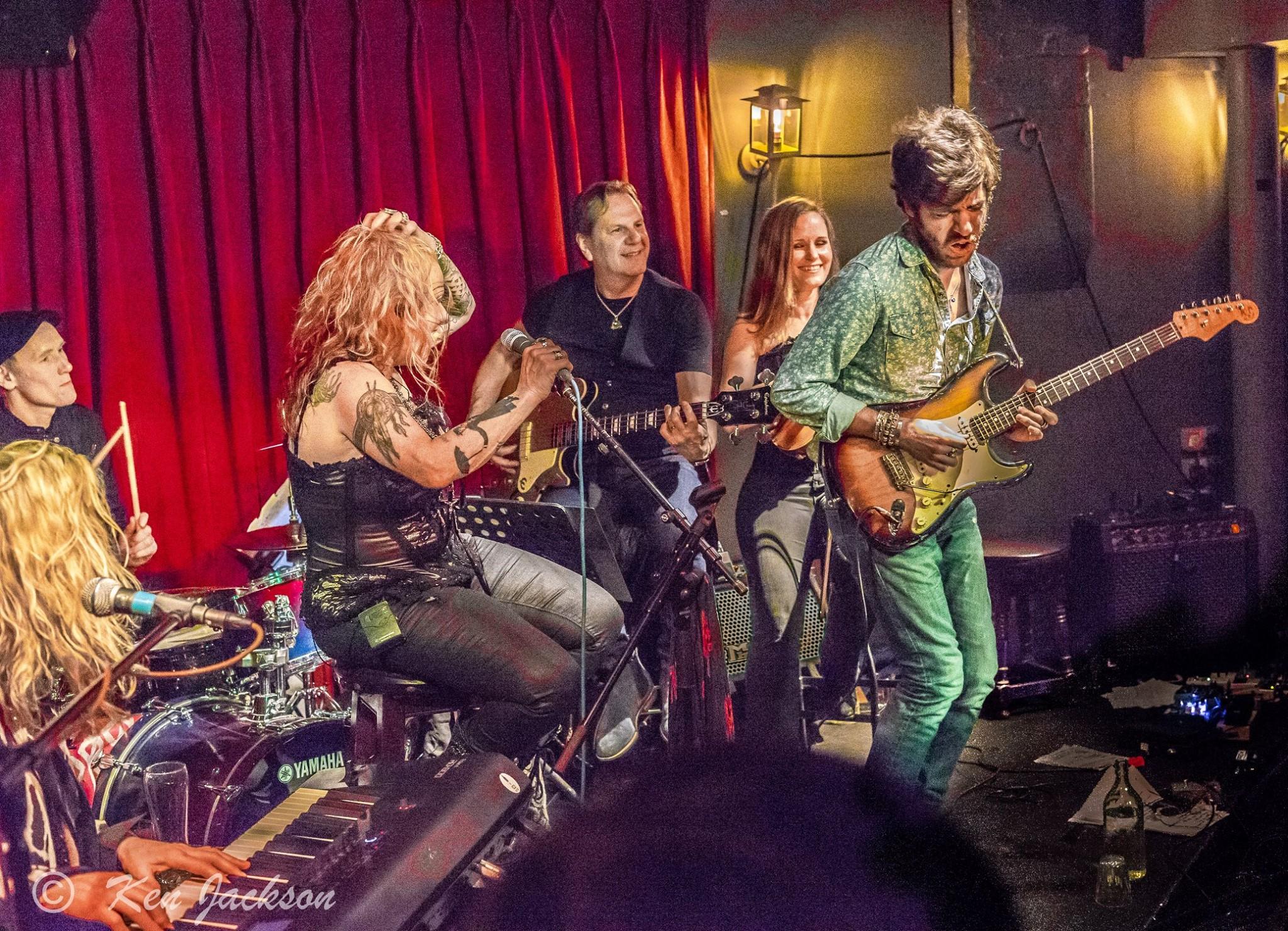 Maxime rocking it - Photo by Ken Jackson