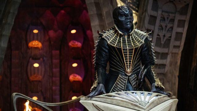 T'Kuvma: Klingon General? Chosen one? Big bad.