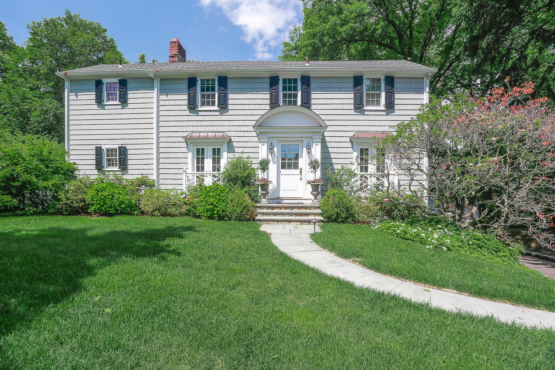 38 Terrace Avenue Riverside, CT 06878 —  SOLD