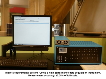 micro-measurements system 7000 by Vishay2.jpg