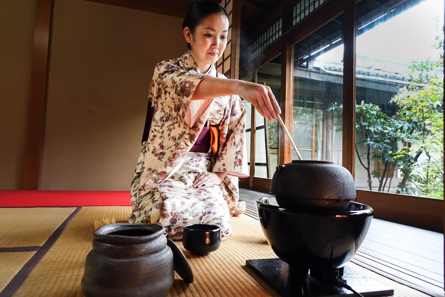 tea ceremony Kyoto (1 of 1).jpg