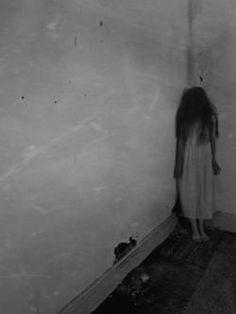 creepygirl2.jpg
