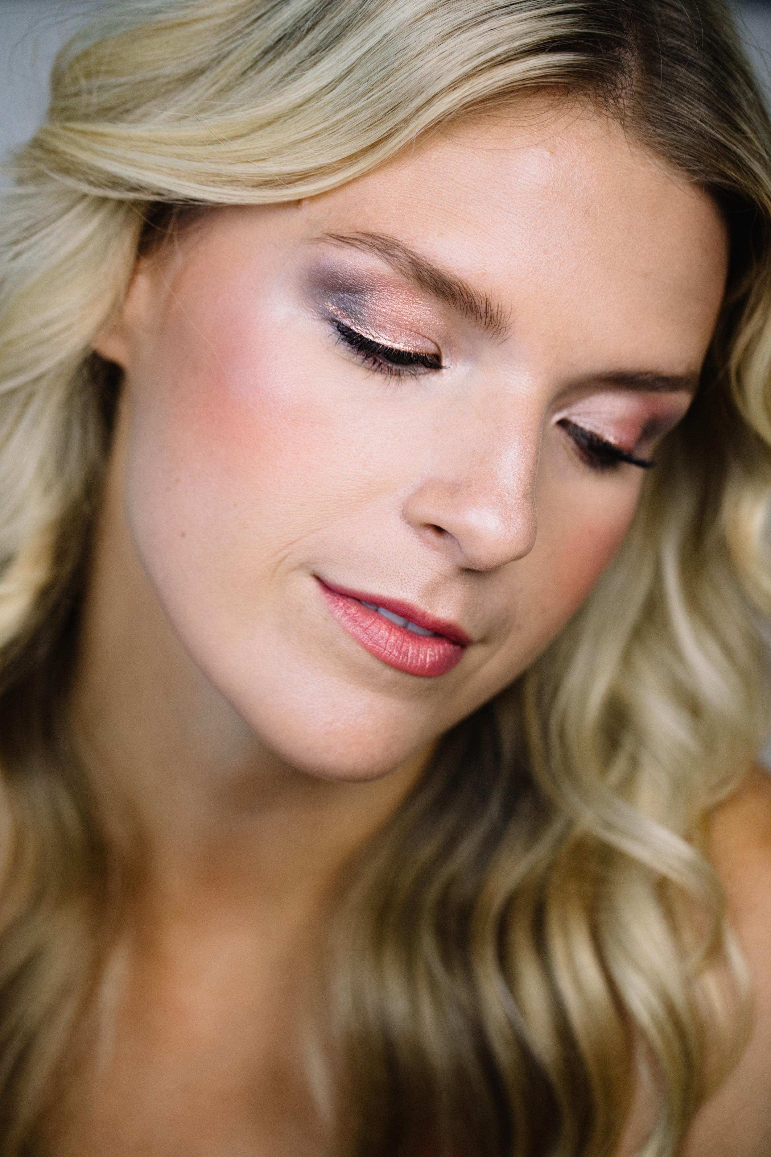snackface-beauty-brunch-unicorn-eye-makeup.jpg
