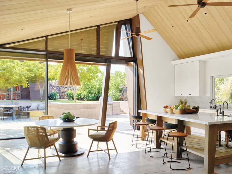 Interior-Design-Walker-Warner-Architects-Philpotts-Interiors-idx190402_ww04-SMHOMES19-OPT.jpg