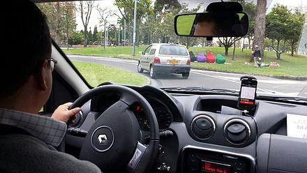 Uber_ride_Bogota_(10277864666).jpg