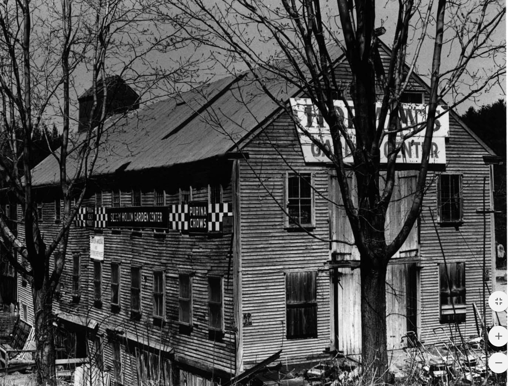 The Metcalf Mill, gone by c1963.    -- Photo: Rhode Island Historic Preservation Commission