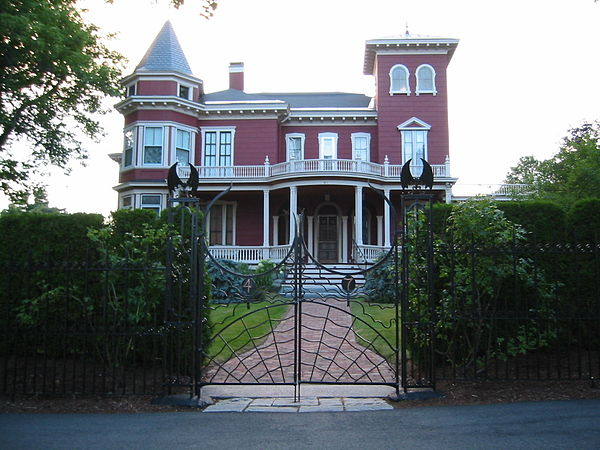 Stephen King's mansion in Bangor, in the Italianate style popular with the city's lumber moguls in the 19th Century. He also has a mansion in Sarasota, Fla. (Robert Frost had a winter house in Miami.) King had a very serious drug problem in the '80s, including with marijuana. He says he's been off all drugs since then, including alcohol. Maine has serious opiate- and amphetamine-abuse problems.