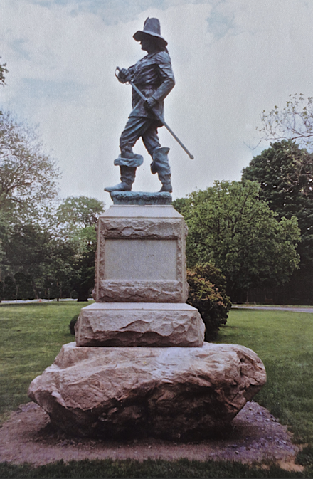 Statue of Captain John Mason in Windsor, Conn. Below, the plaque with it.    — Photo by MoonWaterMan