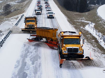 440px-TowPLow_front_view2.JPG