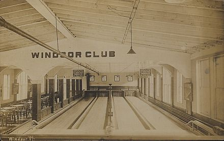 A four-lane candlepin alley in    Windsor, V   t., around 1910.