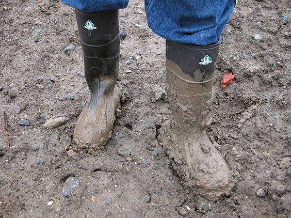 2003-11-27_Northerner_boots_in_mud.jpg
