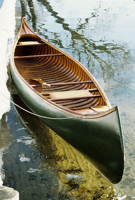 440px-Morris-canoe-600.jpg