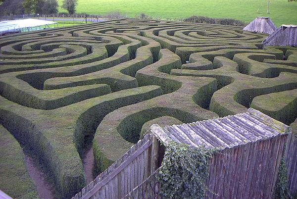 600px-Longleat_maze.jpg