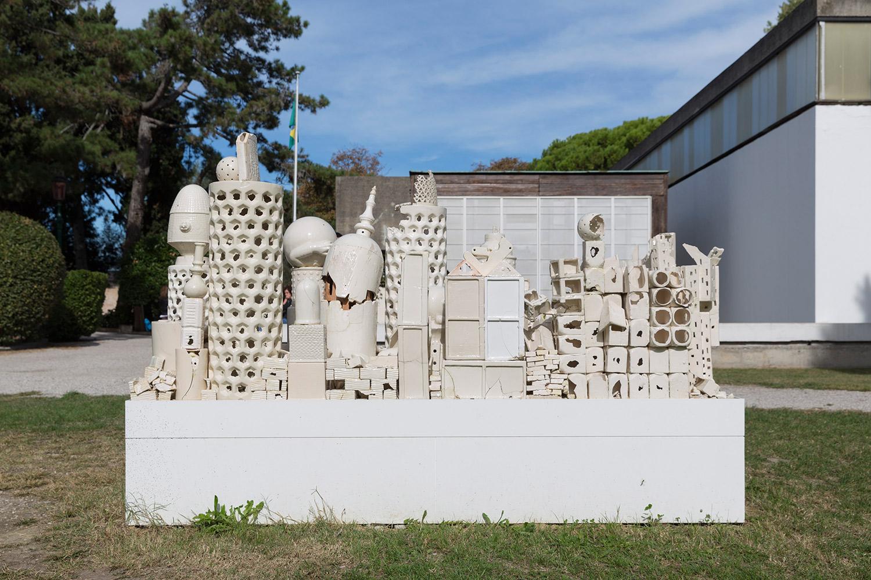 Alegoria (March 2–8, 2015: Cerámica Suro Contemporánea, Guadalajara, Jalisco, Mexico)    2015   Ceramica Suro slip cast remnants, glaze, and firing plates  64 x 99 1/2 x 42 1/4 inches   Ceramics, 2013–