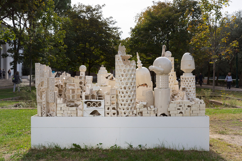 Alegoria (March 2–8, 2015: Cerámica Suro Contemporánea, Guadalajara, Jalisco, Mexico)    2015   Ceramica Suro slip cast remnants, glaze, and firing plates  64 x 99 1/2 x 42 1/4 inches   All the World's Futures, 2015