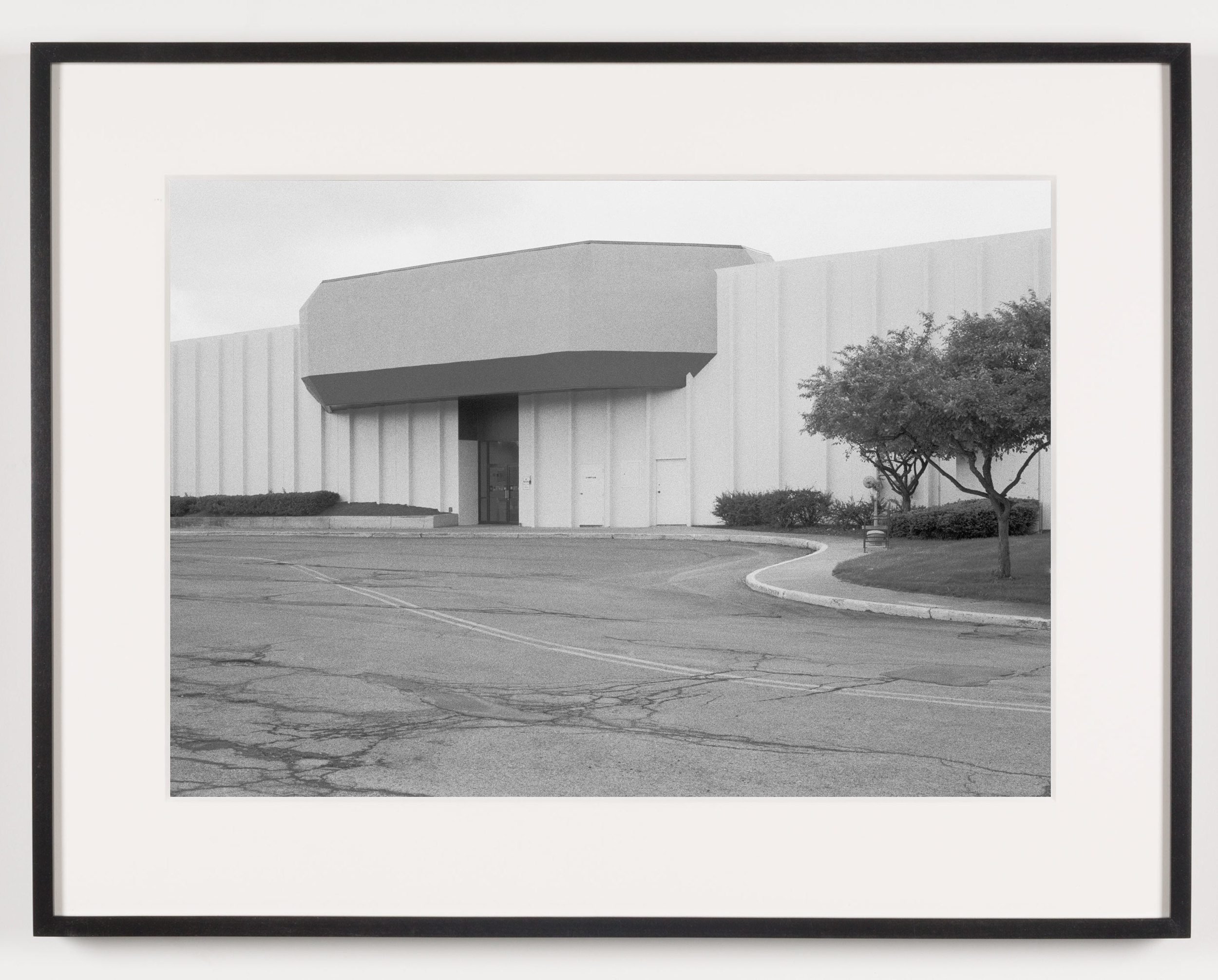 Midway Mall (View of Exterior, 'Sears'), Elyria, OH, Est. 1965    2011   Epson Ultrachrome K3 archival ink jet print on Hahnemühle Photo Rag paper  21 5/8 x 28 1/8 inches   American Passages, 2001–2011