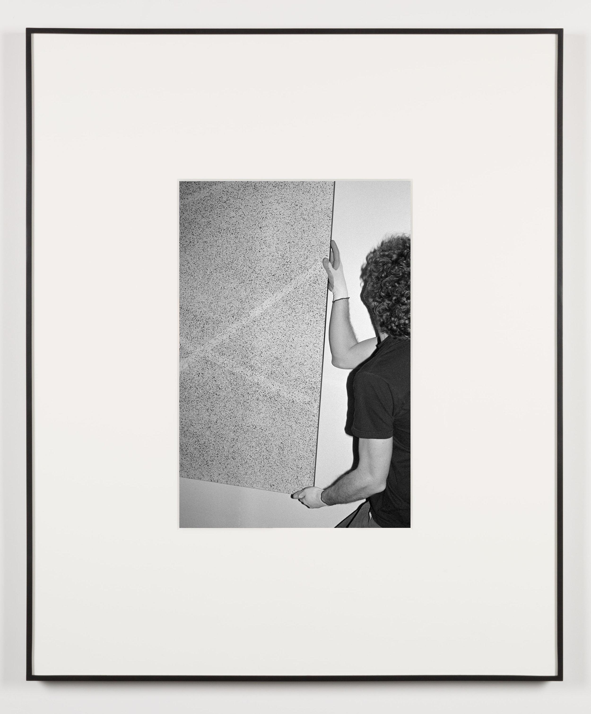 Die Mütter (Waltham, Massachusetts, February 4, 2013)   2014  Black and white digital fiber print  20 x 13 1/2 inches   Art Handling, 2011–    Selected Bodies of Work, 2014