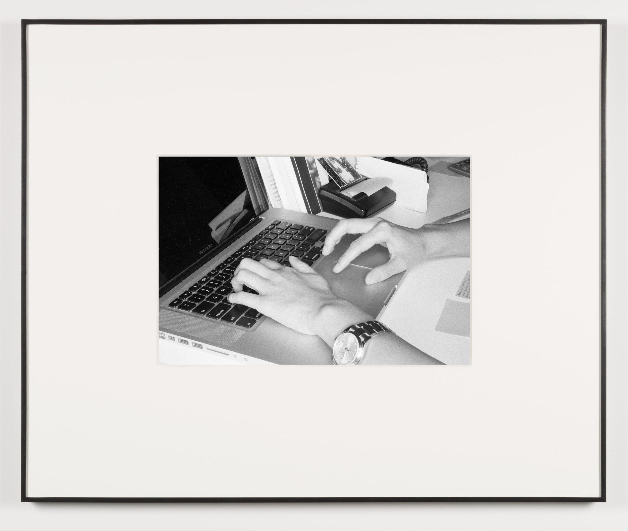 Die Qual der Lust (Los Angeles, California, August 15, 2013)   2014  Black and white digital fiber print  13 1/2 x 20 inches   Art Handling, 2011–    Selected Bodies of Work, 2014