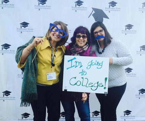 Local Los Angeles alumnae having fun at the Fulfillment Fund college fair