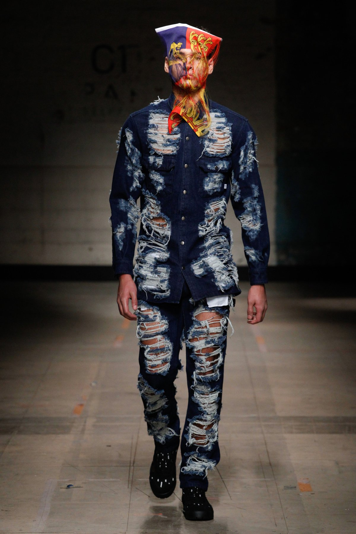 christopher_shannon_look_17_2017_aw_mens.jpeg