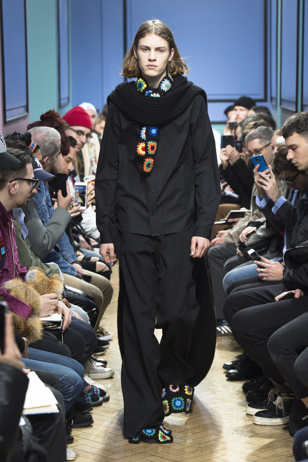 j_w_anderson_look_1_2017_aw_mens.jpeg
