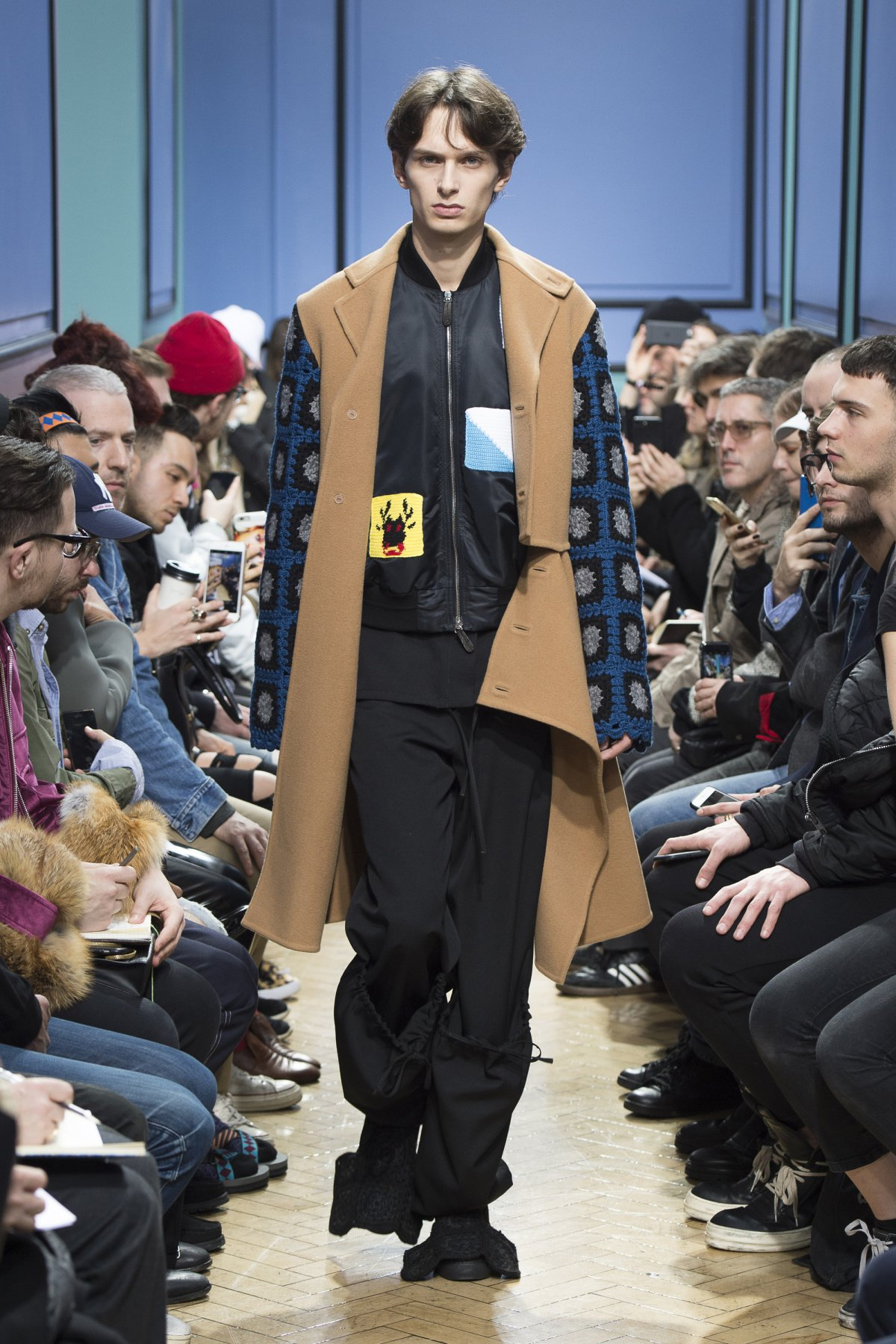 j_w_anderson_look_15_2017_aw_mens.jpeg