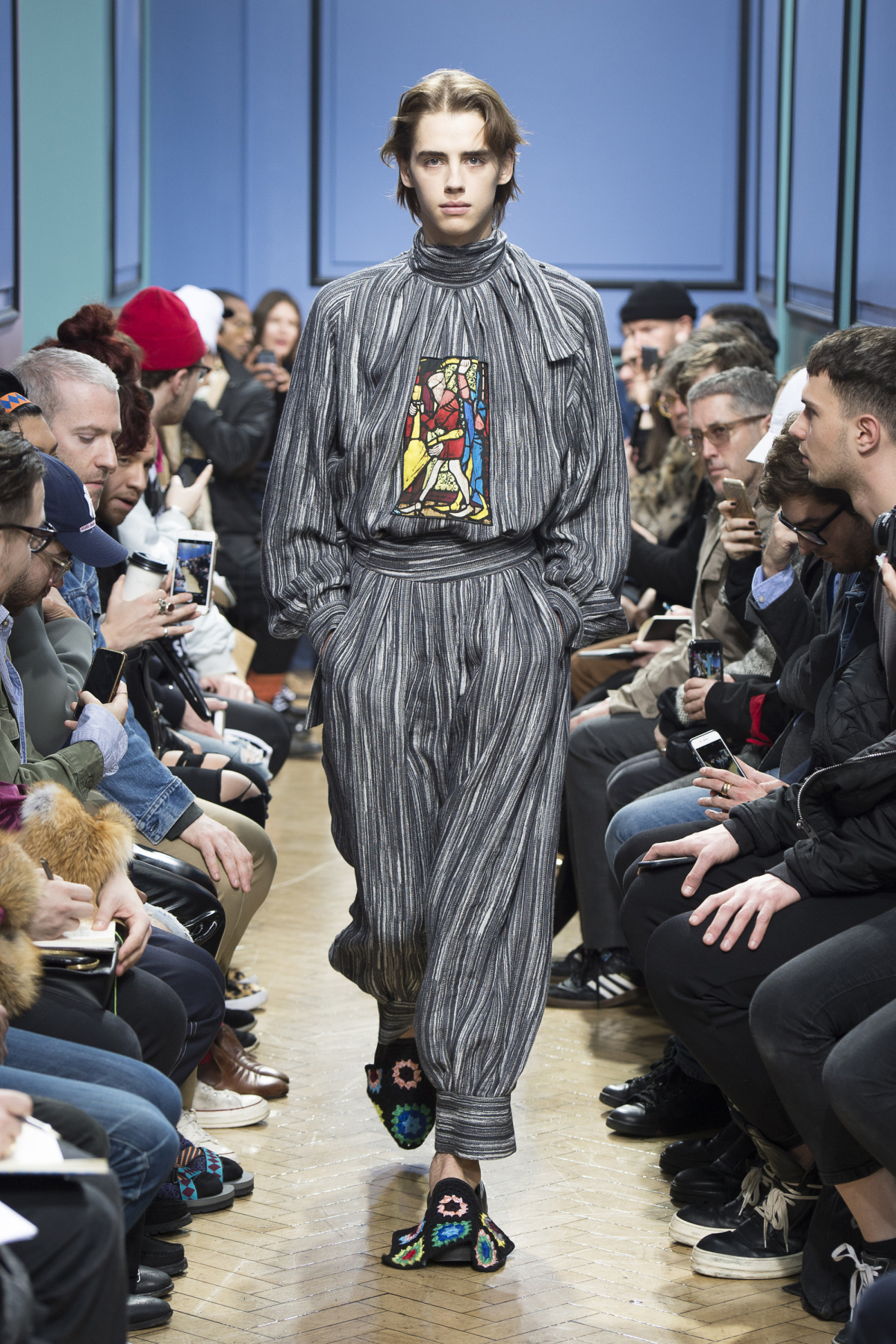 j_w_anderson_look_16_2017_aw_mens.jpeg