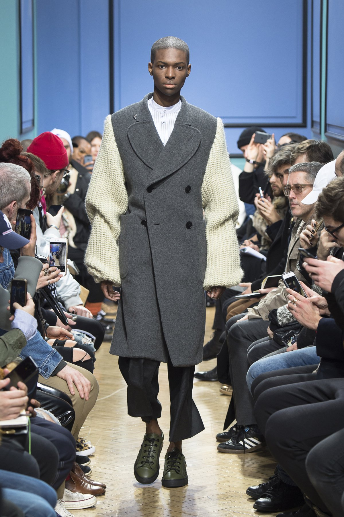 j_w_anderson_look_23_2017_aw_mens.jpeg