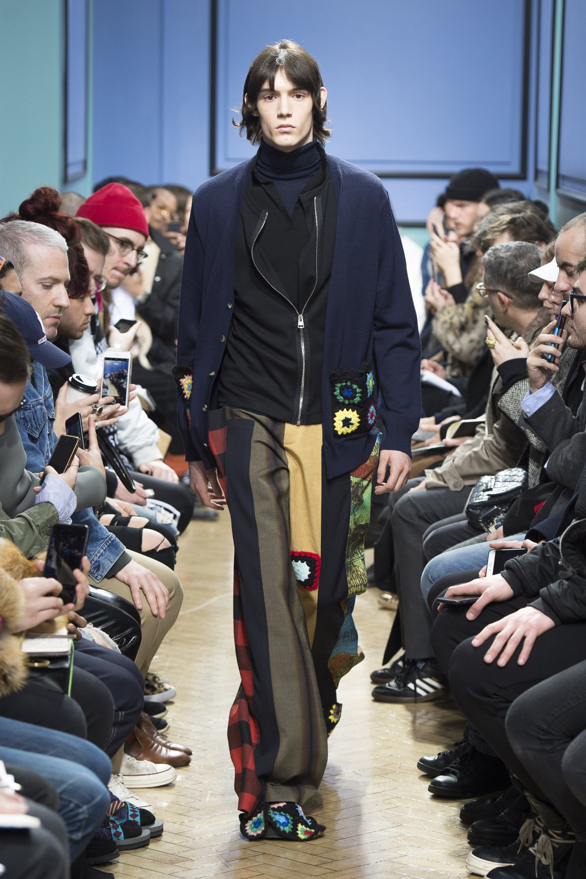 j_w_anderson_look_26_2017_aw_mens.jpeg