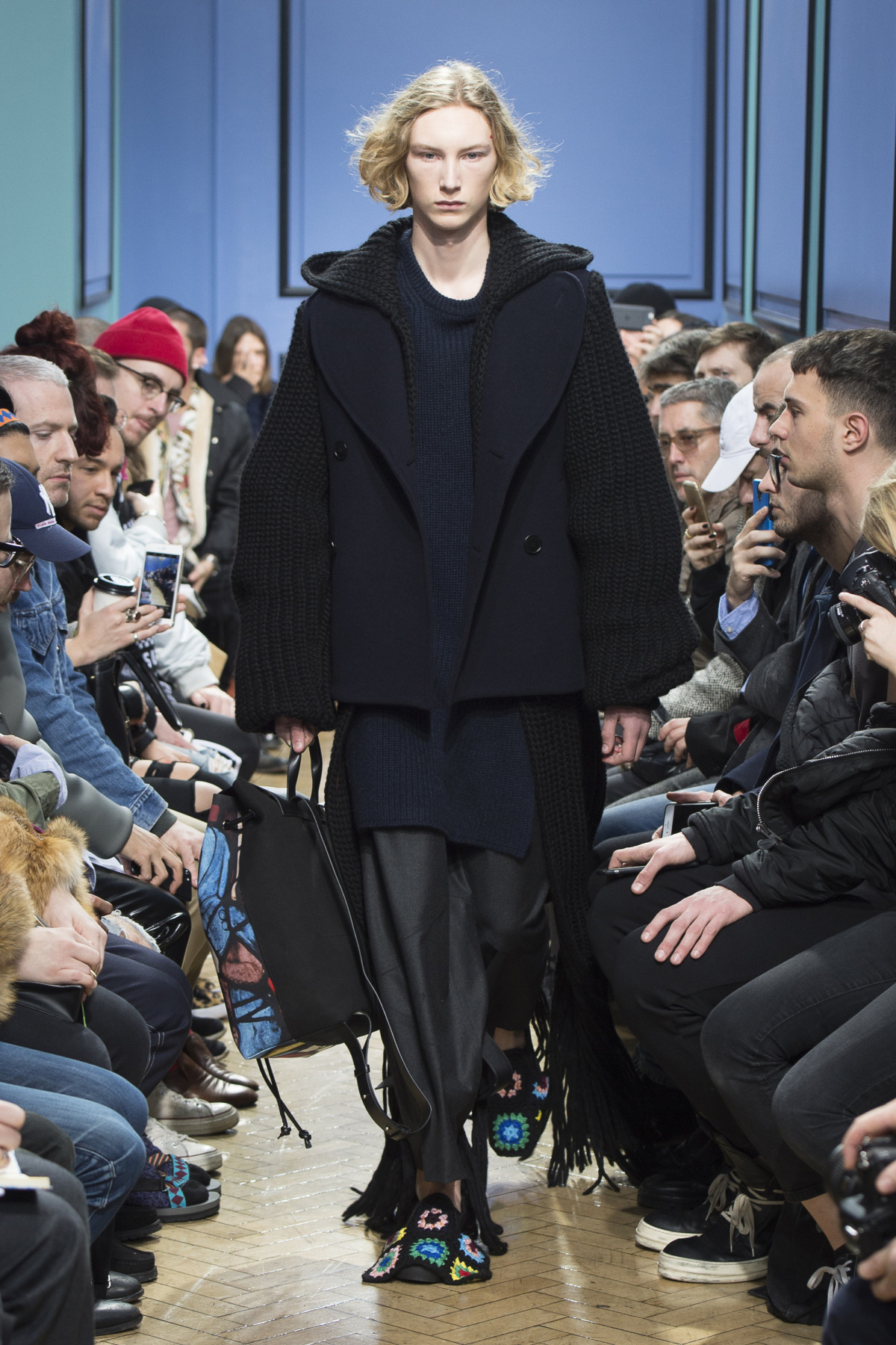 j_w_anderson_look_31_2017_aw_mens.jpeg