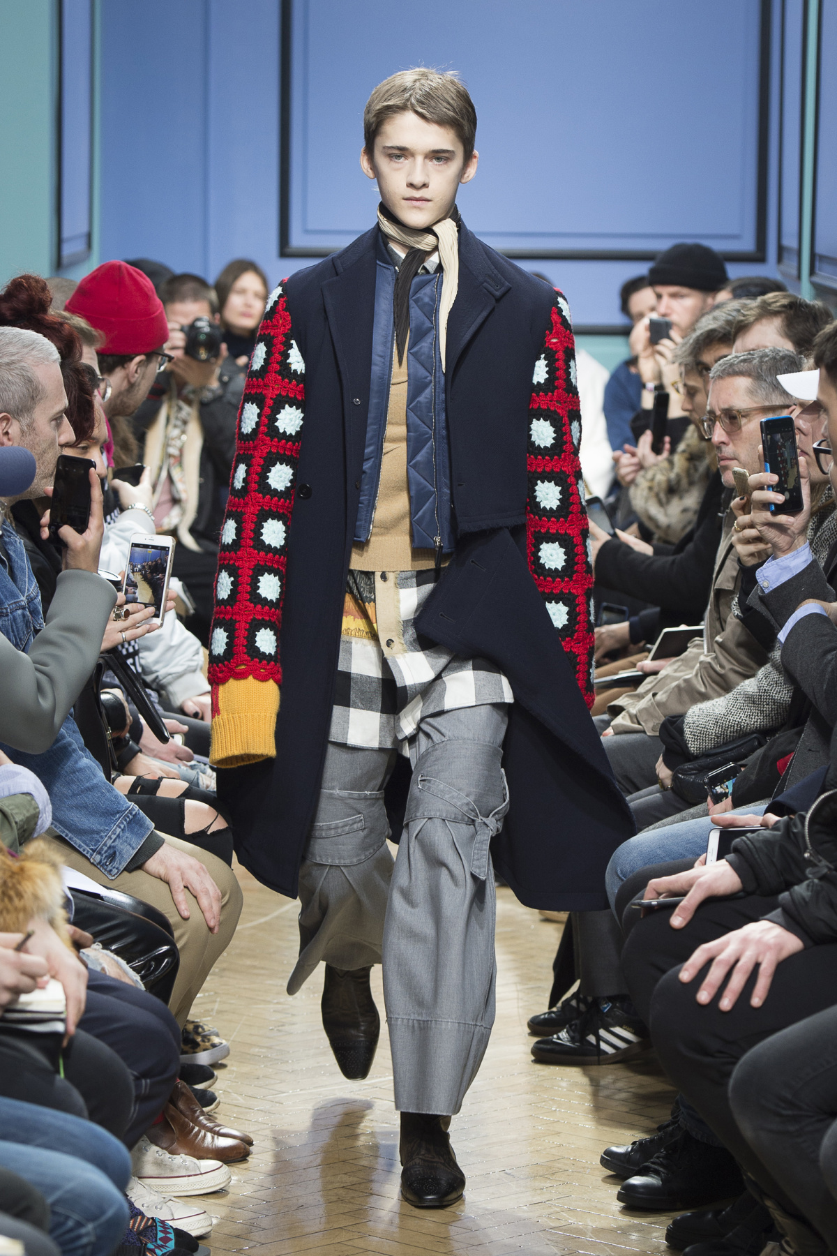 j_w_anderson_look_32_2017_aw_mens.jpeg