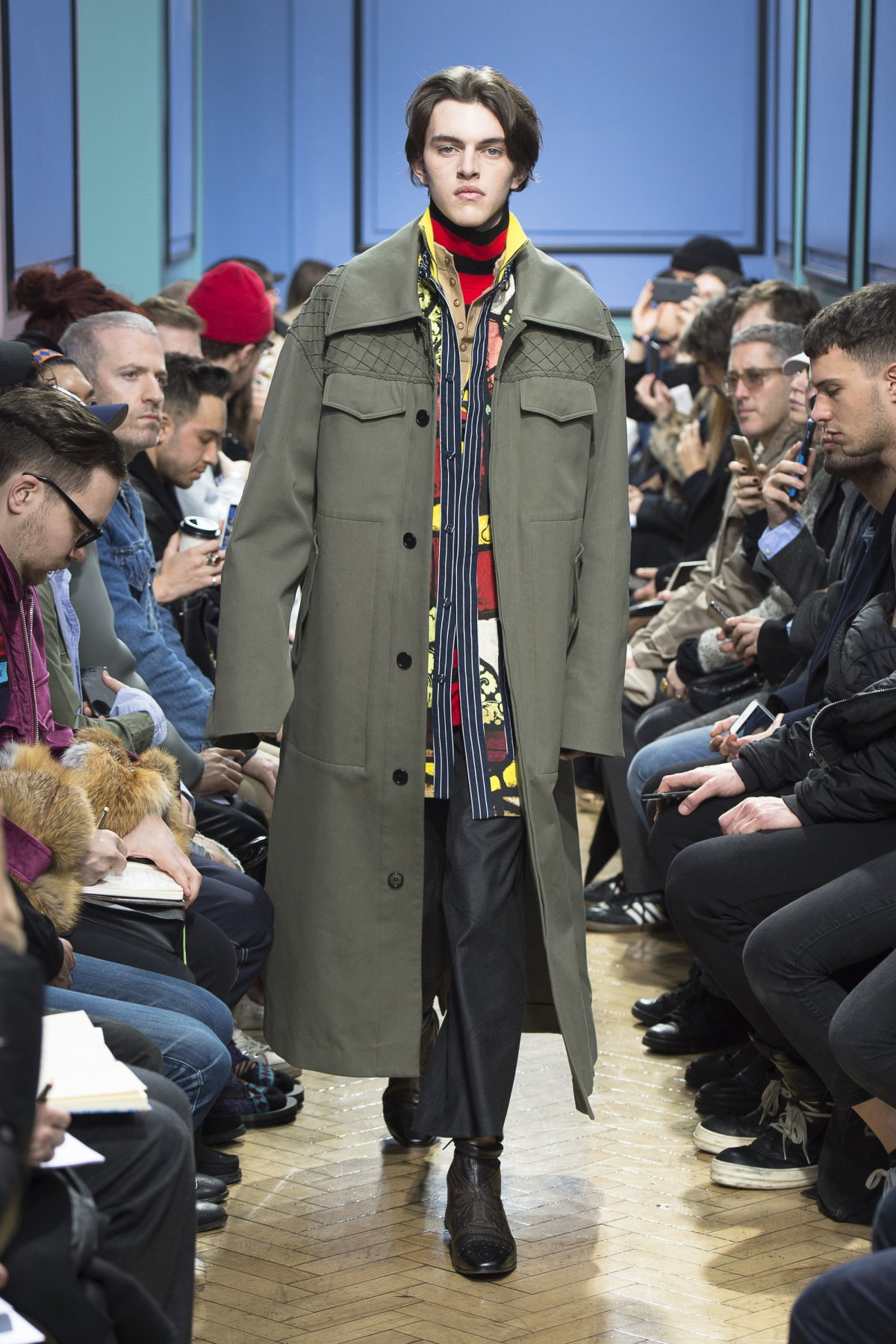 j_w_anderson_look_39_2017_aw_mens.jpeg