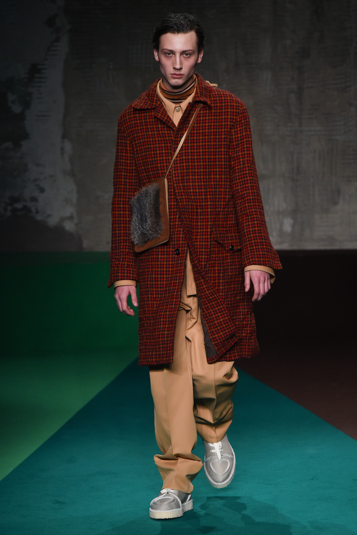 marni_look_2_2017_aw_mens.jpeg
