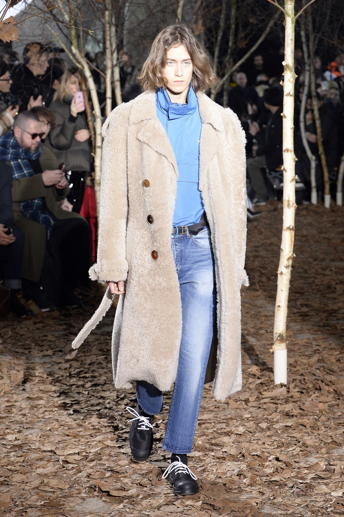 off_white_look_1_2017_aw_mens.jpeg