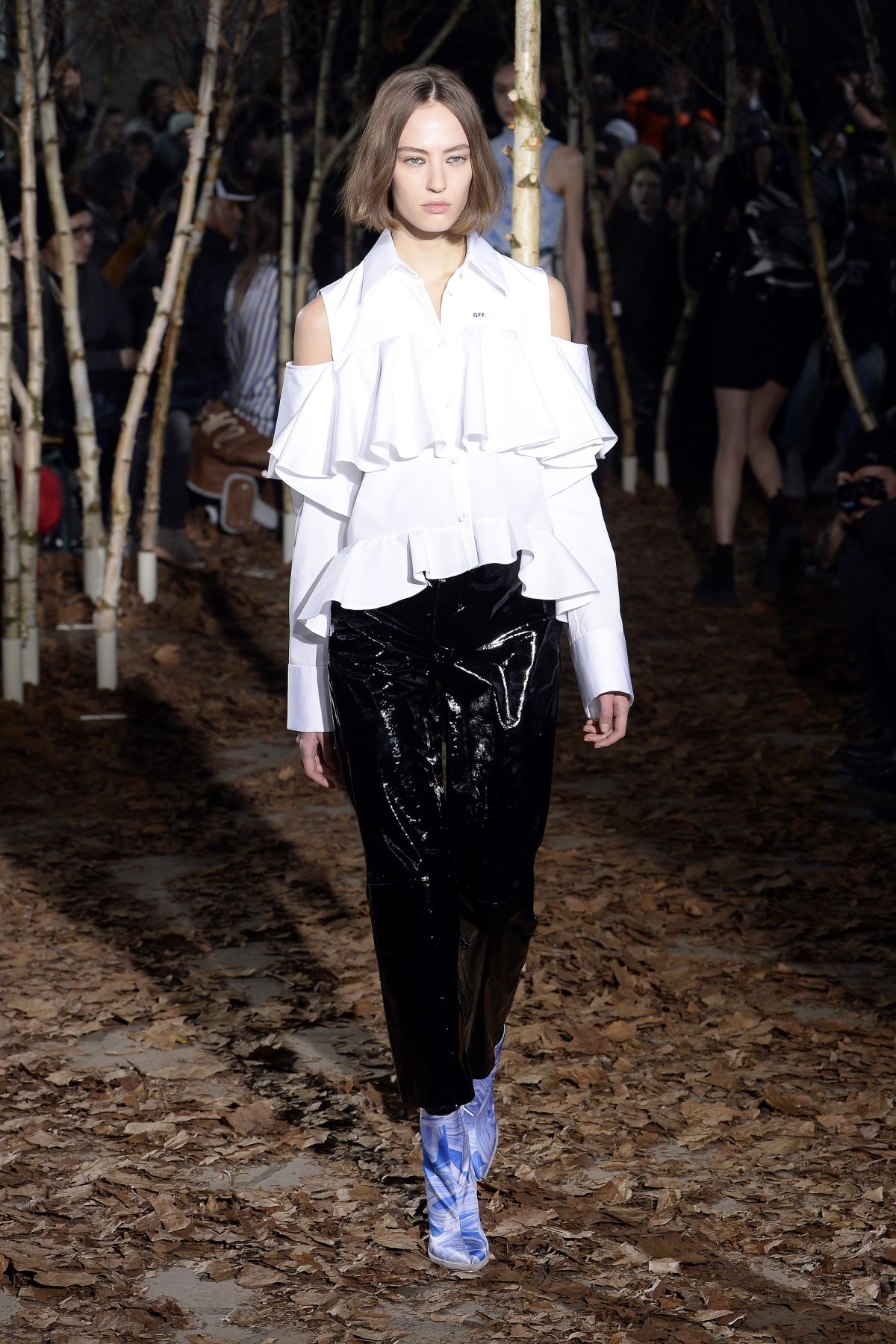 off_white_look_12_2017_aw_mens.jpeg