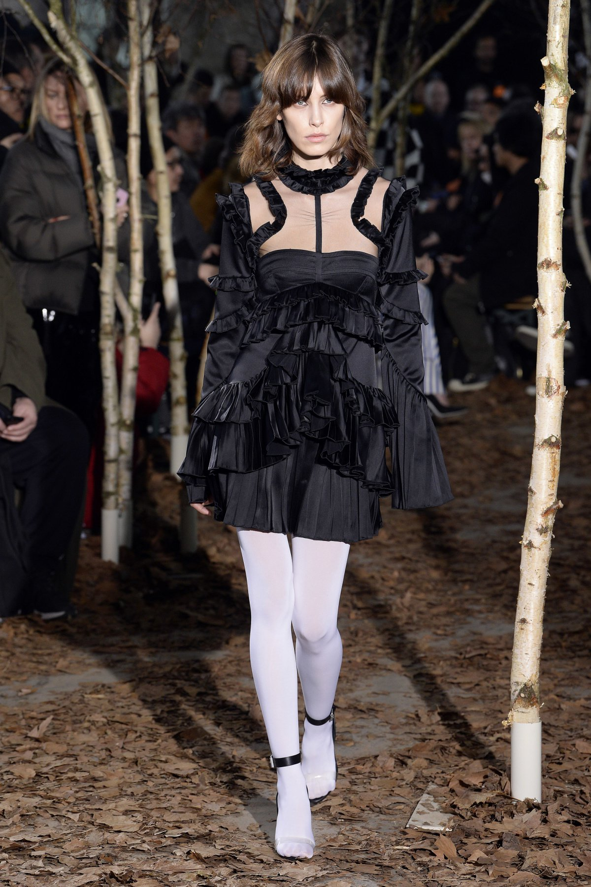 off_white_look_33_2017_aw_mens.jpeg