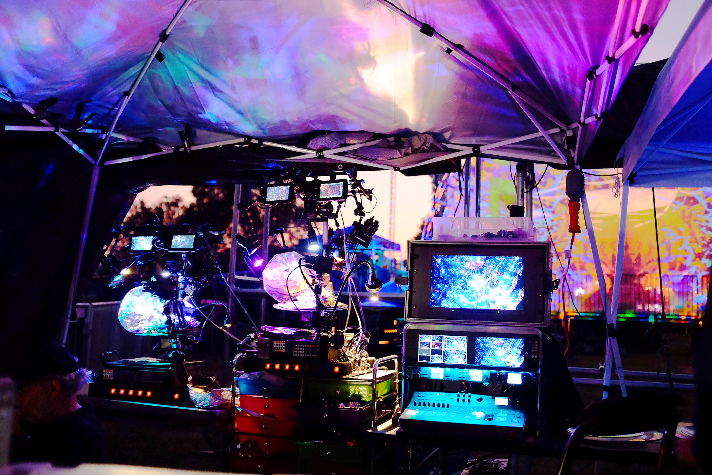 The Mad Alchemy Liquid Lite Show set up by Anya Sidorova