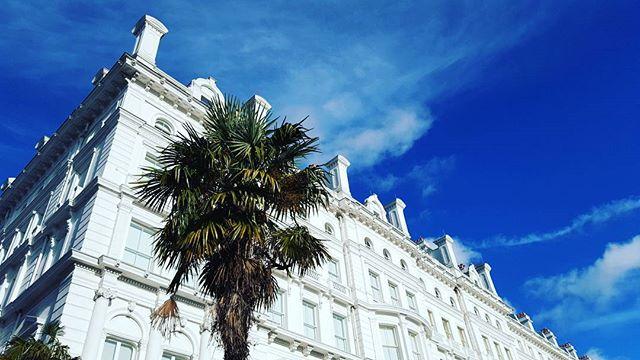 Quand Londres a un air du sud 😀🌞🏝 ive missed you suuun☉ #londonlife #frenchinlondon #frenchblogger #sud #soleil #sunnylondon  #londres #voyage #jaimelavie #lameufquiessaiedesrandomshashtagshihii