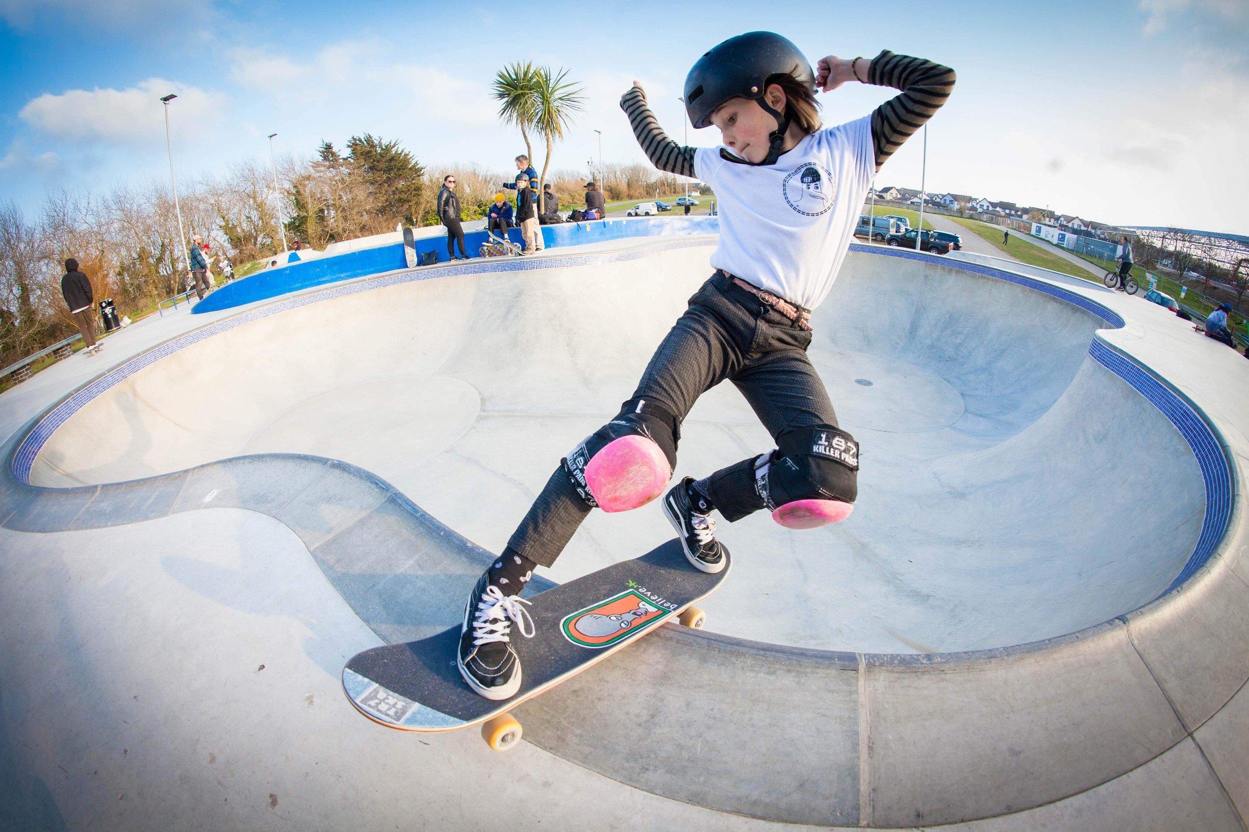 Lola T slaying Concrete Waves 📷  Martyn Tambling  /  TR7 Skate