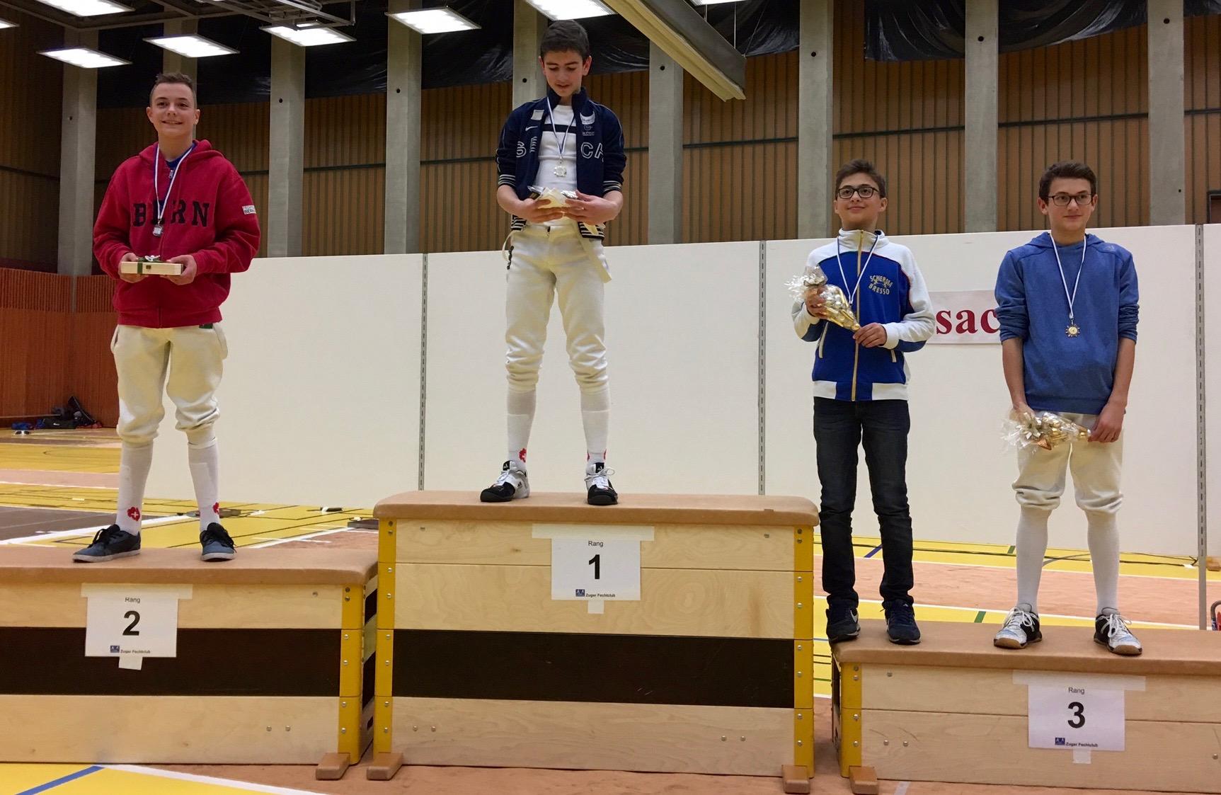 Jeremy Ramuz vom Fechtclub Bern erreichte in Zug den 2. Platz.