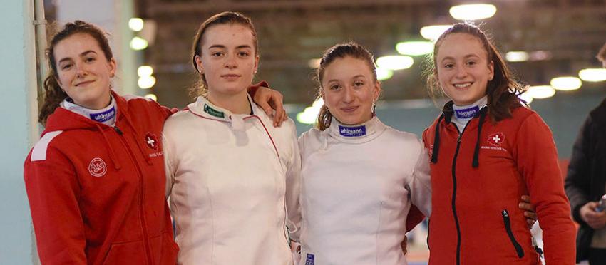 Team SUI der Damen im U20 in Foggia, mit Aurore Favre (2.v.r) und Angeline Favre (ganz rechts) sowie Fiona Hatz und Valentina Bos.