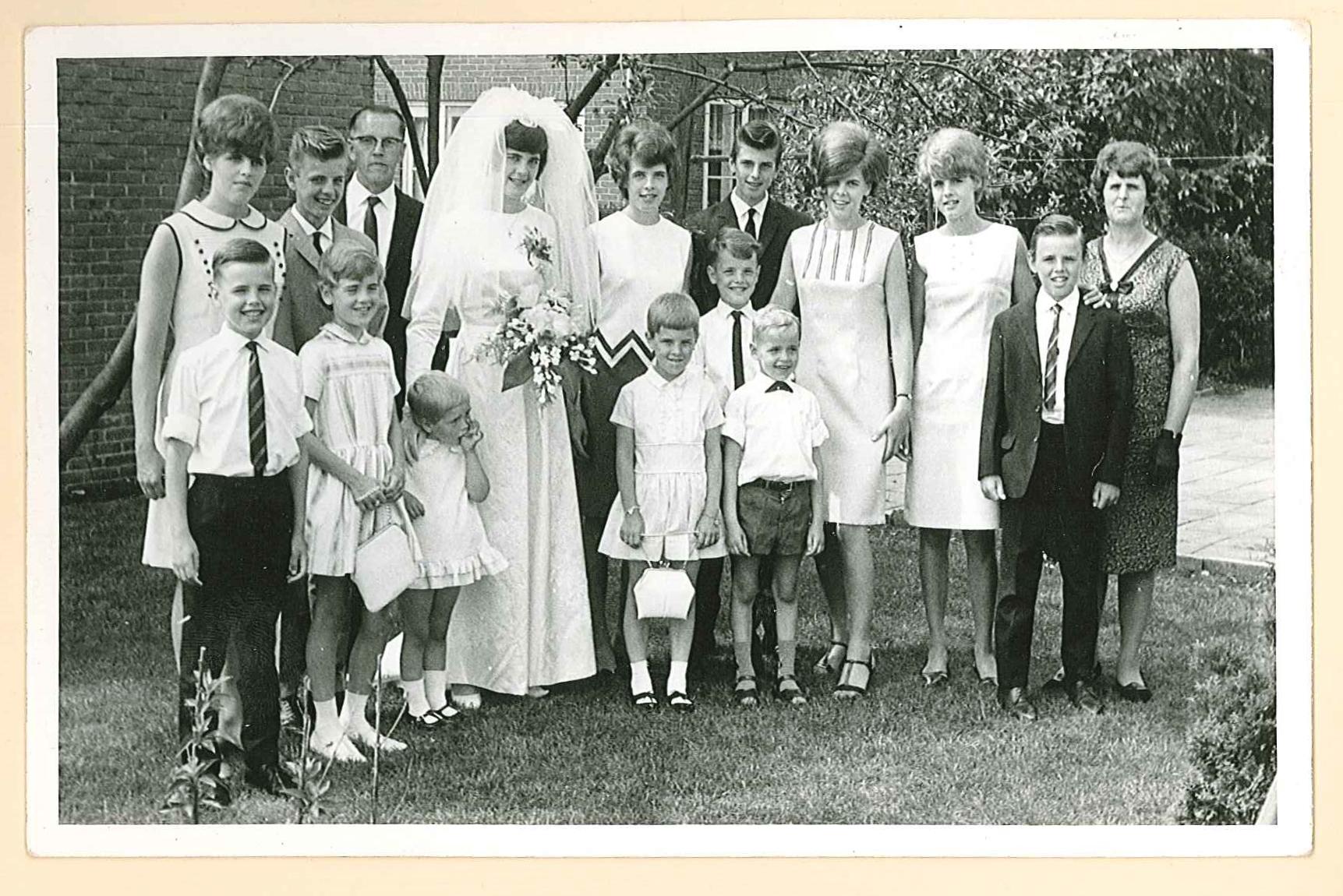 Trouwdag oudste dochter Joke 1966