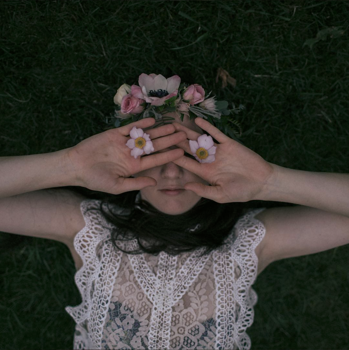 A Wildflowers Home // Bethany Folk Music // exploring womanhood // dear daughters of the earth