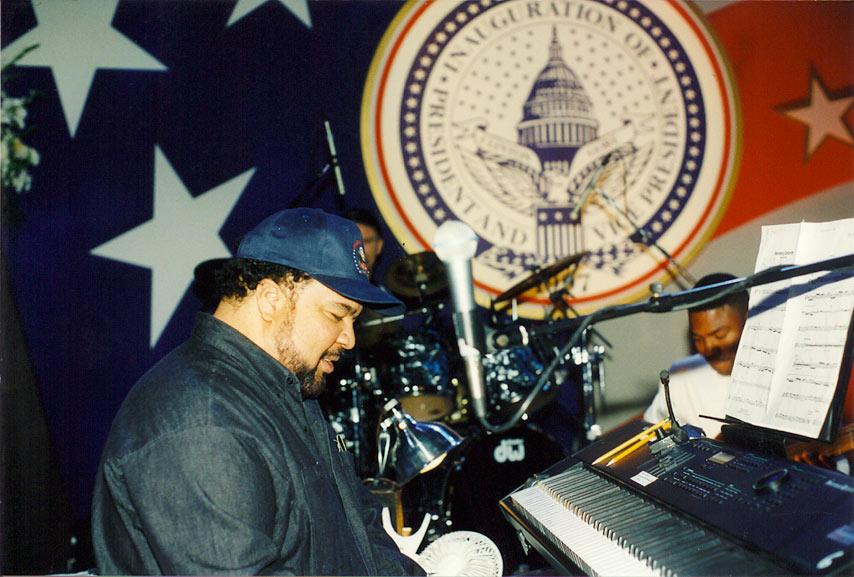 George-Duke-Rehearses-Clinton-2nd-Inaug-97-copy.jpg