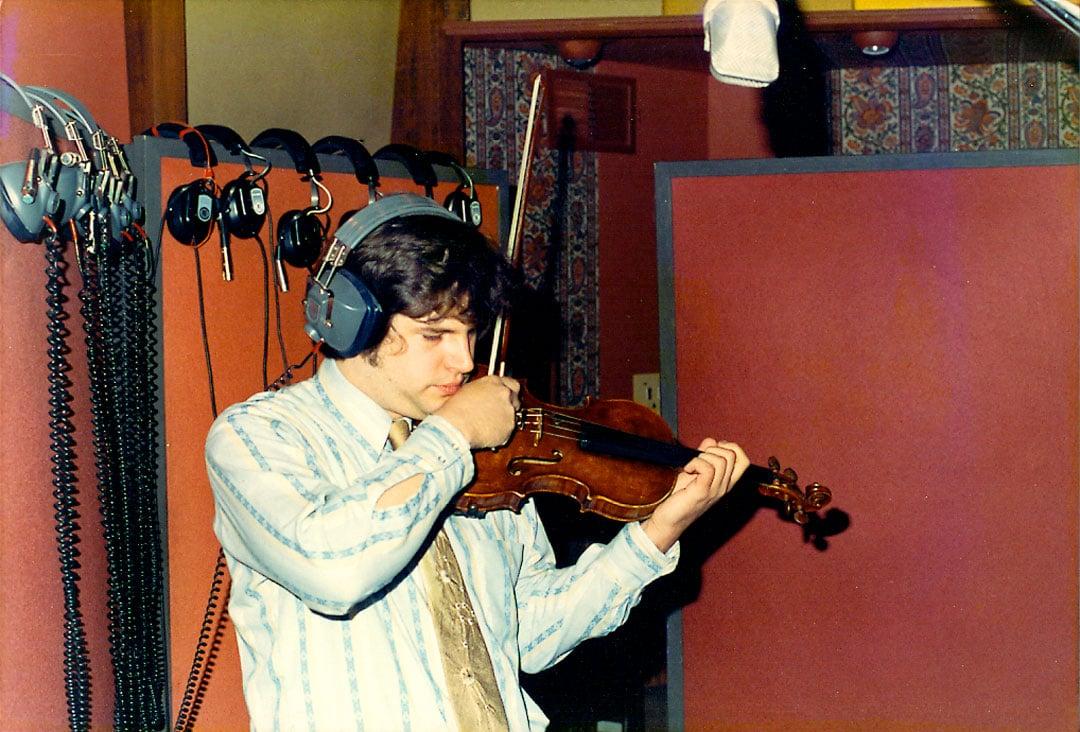 Daniel-Kobialka-violin-record-Holdin-On-session-1974-1st-Album.jpg