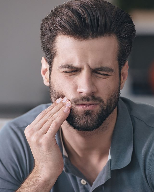 Have you ever encountered the patient with all the signs of bruxism/parafunction, yet they deny this passionately? Find out more with @drbarryoulton in his latest podcast. Click the link in bio to watch the podcast and find out more #bruxism #parafunction #s4s #dentistry