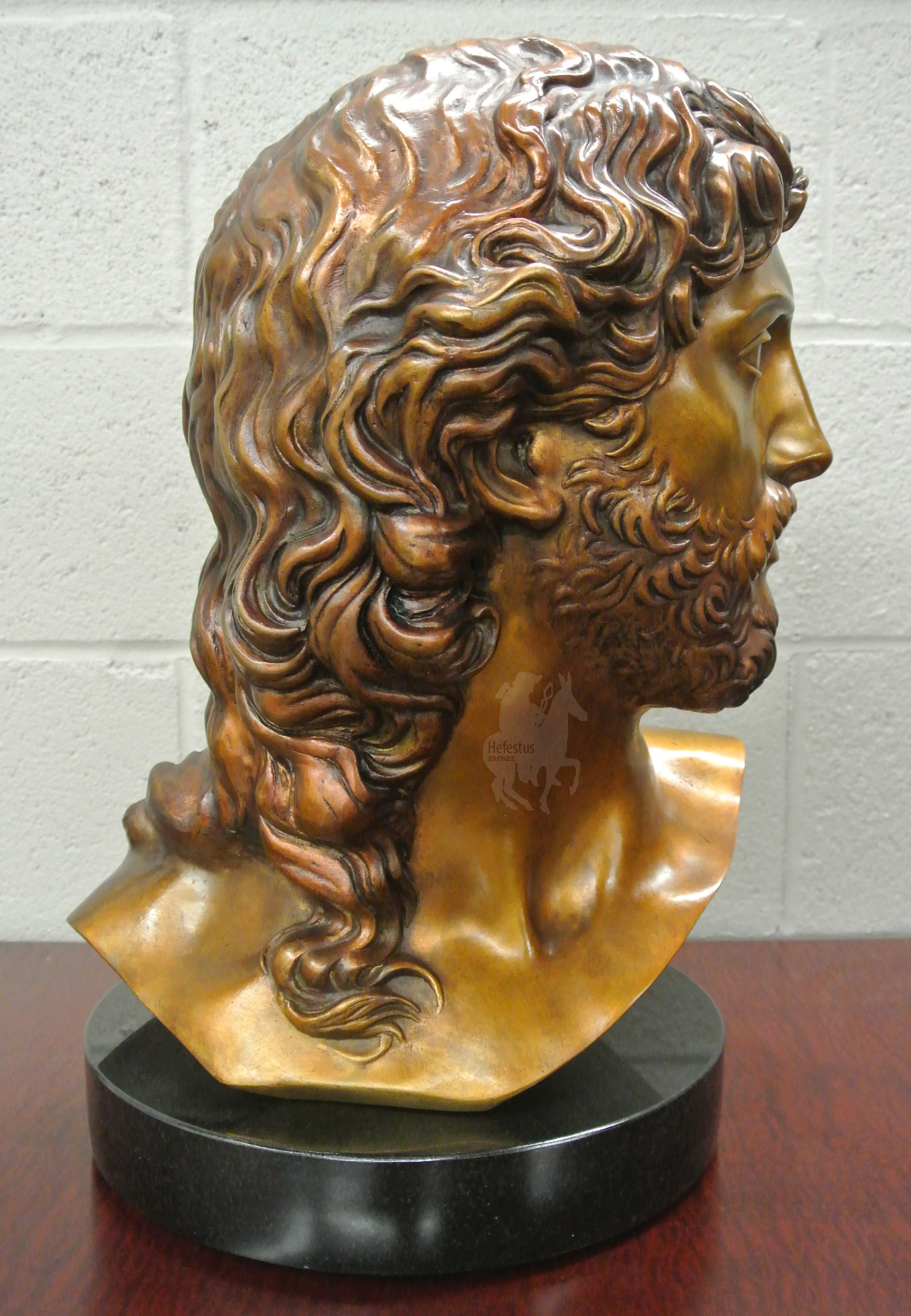 Michelangelo's Resurrected Christ Bust in Bronze - 2