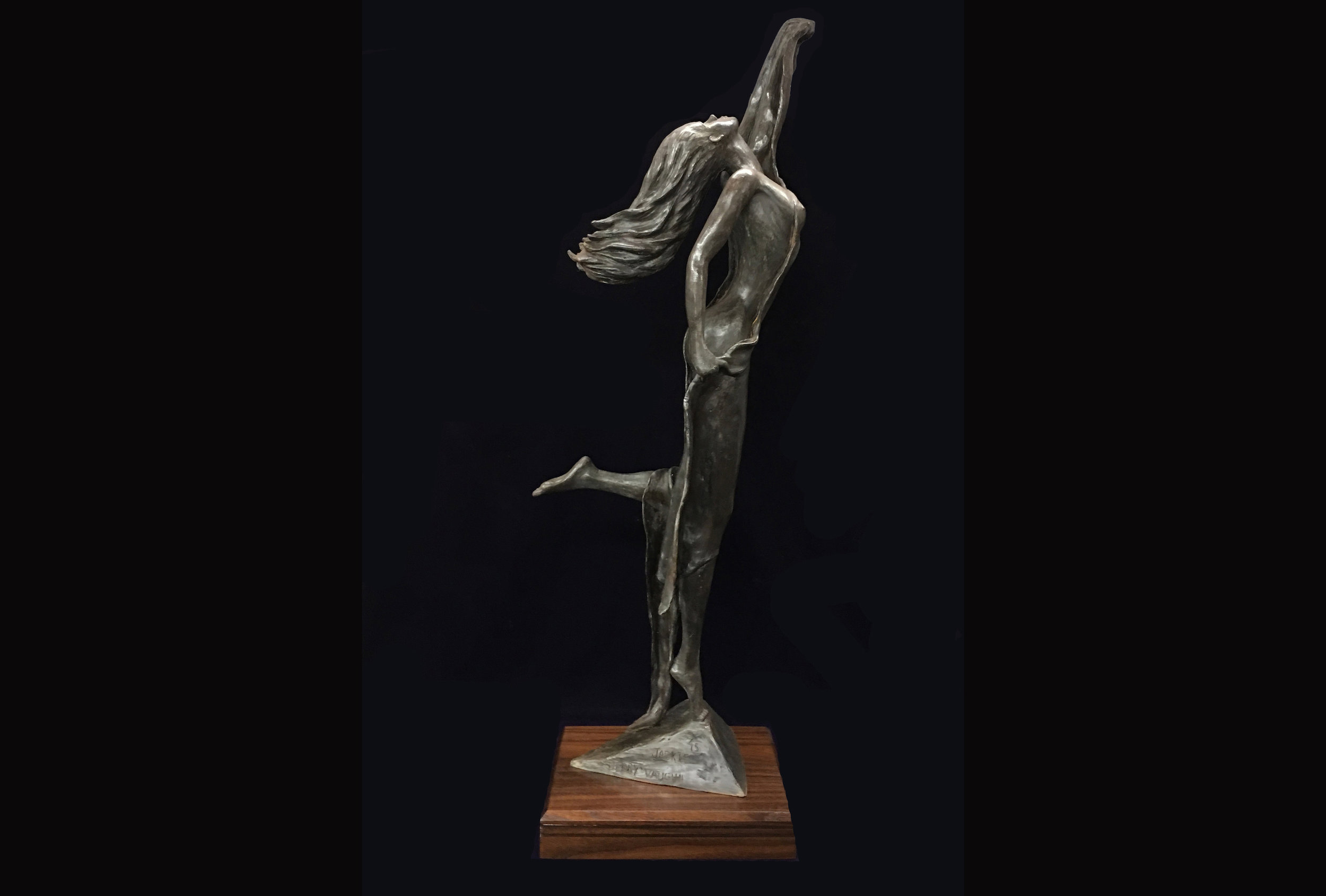 Jackie | 2018  This sculpture is part of Jerry Vaughn's figurative series.