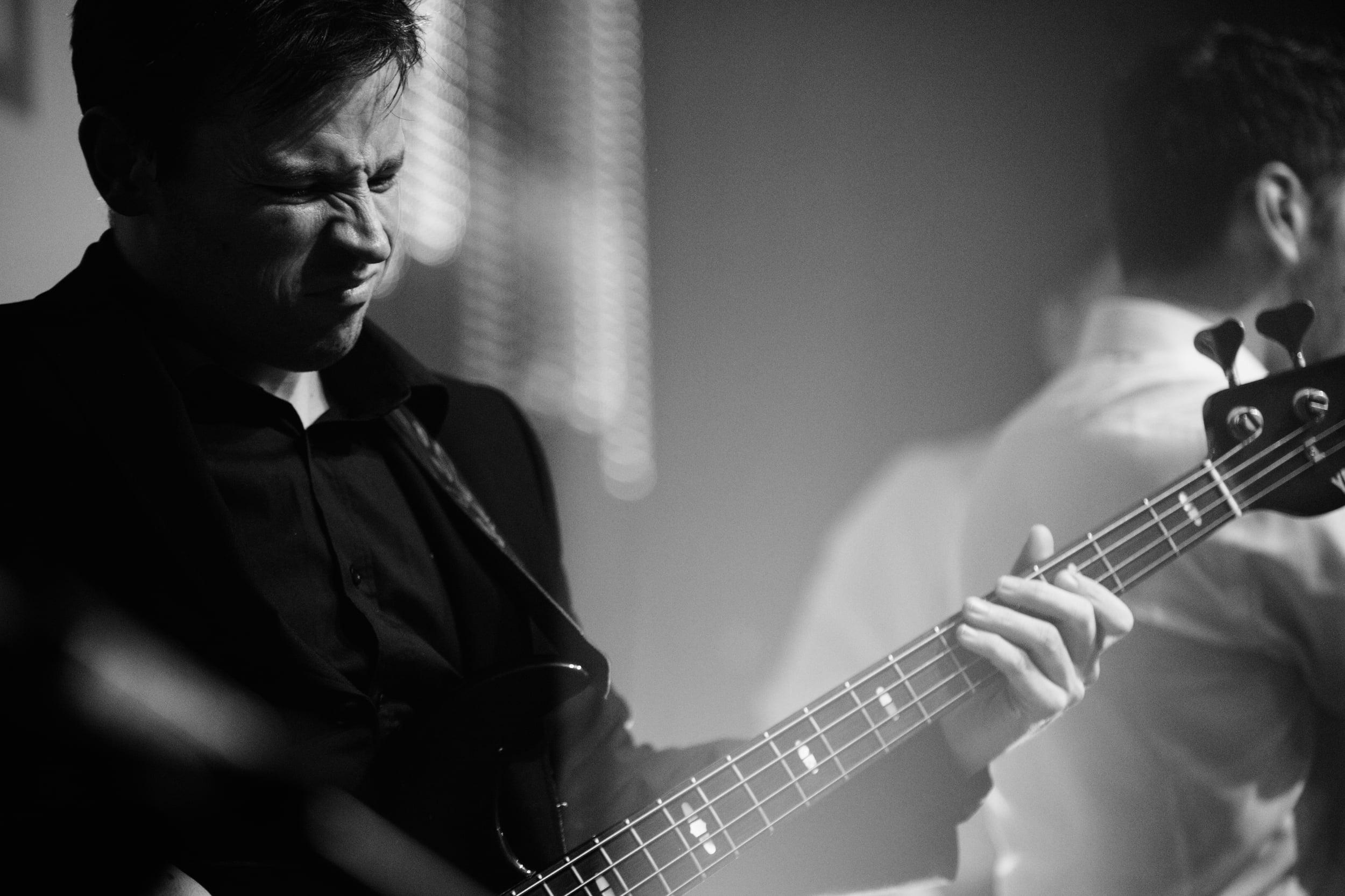 Nick Bruce & The Blinding Lights_100.jpg