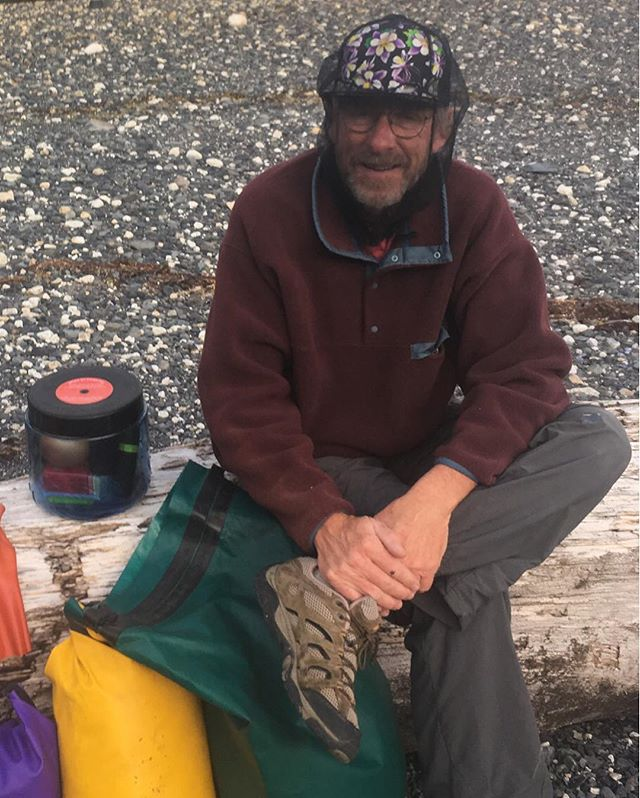 Over here at 90left, we can't afford models, so we often times use friends and family to showcase our hats.  Here Papa Schum sports the Columbine Trucker with a bug net over the top while sea kayaking in Alaska.  Looking fly Dad, looking fly.